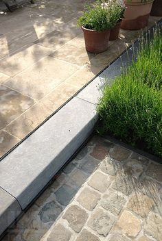 This is another way to soften the change in flooring. Dutch Gardens, Small Gardens, Outdoor Gardens, Garden Paving, Garden Paths, Landscape Design, Garden Design, Garden Stairs, Outside Living