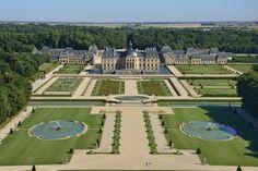VERSAILLESADNESS | Château de Vaux-le-Vicomte, France. This palace...