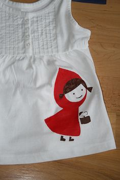 Little red riding hood freezer paper stencil Freezer Paper Crafts, Freezer Paper Stenciling, Wax Paper Transfers, Sewing Crafts, Sewing Projects, Bleach Shirts, Creative Textiles, Vinyl Paper, Fashion Project