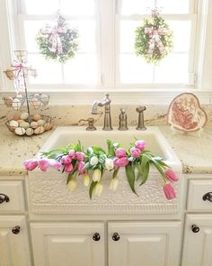 Happy Day Farm, Happy Monday, White Kitchen Cabinets, Farmhouse Homes, Southern Homes, Ballard Designs, Valentine Decorations, Home Photo, Farm Life