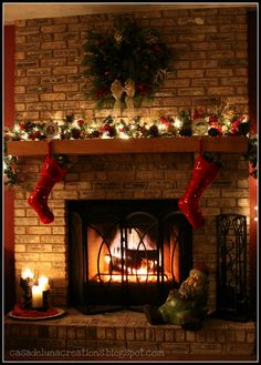 Christmas Mantle Decorating Ideas | Christmas Mantel