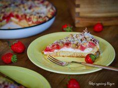 Kynutý koláč s rebarborou a jahodami – PĚKNĚ VYPEČENÝ BLOG Cheesecake, Pie, Desserts, Blog, Torte, Tailgate Desserts, Cake, Deserts, Cheesecakes