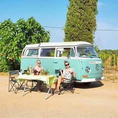 Liked on InstaGram: Campingferien har begynt! Én uke i Sør-Frankrike i denne herligheten av en bil fra 1968 ✌#69campers @69campers #provence #frankrike #seillans #magasinetreiselyst #provencetourism #visitvar #inimaginalpes