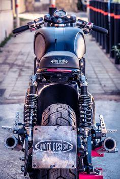 Yamaha VMax 1200 Street Racer by Moto Design Customs Yamaha Motorcycles, Scrambler Motorcycle, Moto Bike, Custom Motorcycles, Vmax Yamaha, Vmax Cafe Racer, Cafe Racers, Cafe Moto, 1200 Custom