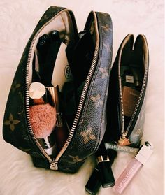 New LV Collection For Louis Vuitton Handbags,Mu. - - New LV Collection For Louis Vuitton Handbags,Mu… New LV Collection For Louis Vuitton Handbags,Must have it <!-- Begin Yuzo --><!-- without result -->Related Post 45 Classic hobb My Bags, Purses And Bags, Make Up Bags, Cheap Purses, Sacs Design, Louis Vuitton Handbags, Louis Vuitton Makeup Bag, Lv Handbags, Louis Vuitton Wallet