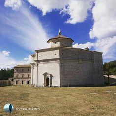 Buongiorno amici, avete già visitato il Santuario di Macereto? #marcheforyou #visso @igersmacerata @MarcheTourism