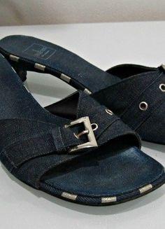 Kupuj mé předměty na #vinted http://www.vinted.cz/damske-boty/sandaly/13883039-dzinove-sandaly-na-podpatku