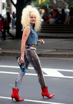 Crazy 80s fashion from Sex And The City