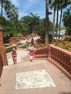 My review of Atlantis, The Bahamas.