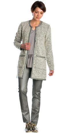 Broek met coating en subtiele glitter & Lang wollen vest met imitatieleren details Dolce Vita #broek #coating #glitter #vest #wol #imitatieleer #lapland #inspiration #style #FW15 #kennedyfashion #saopaulofashion