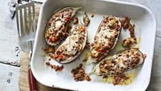 Lamb-stuffed aubergines with Moorish spices and Manchego cheese These soft and tender aubergines filled with lamb ragu and topped with Manchego cheese are really delicious Lamb Recipes, Cooking Recipes, Savoury Recipes, Dinner Recipes, Fun Recipes, Greek Recipes, Healthy Recipes, Manchego Cheese Recipes, Lamb Ragu