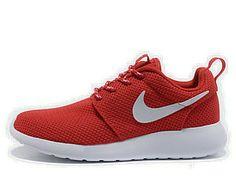 buy popular 6e6a8 72d29 chaussures nike roshe run id femme (rouge blanc blanc logo) pas cher en  ligne.
