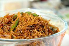 Vietnamese Recipes, Thai Recipes, Asian Recipes, Cooking Recipes, Vietnamese Food, Rice Vermicelli, Noodle Bowls, Asian Cooking, Noodle Recipes