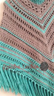 Ateliê Amiguartes: PONCHO SEDA!! ESTILO BOHO CHIC! Crochet Poncho Patterns, Crochet Shawls And Wraps, Shawl Patterns, Knit Crochet, Boho Chic, Hippie Chic, Poncho Shawl, Purses And Bags, Knitting