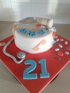 I totally want this for my 21st birthday in a few months!