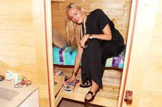 Virginie Courtin Clarins's in-bathroom sauna.  I can't even express how badly I want this.