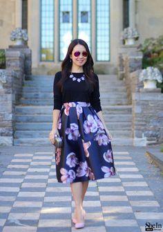 Casual Indian Fashion, Indian Fashion Dresses, Indian Designer Outfits, Girls Fashion Clothes, Feminine Fashion, Modest Fashion, Floral Skirt Outfits, Cute Skirt Outfits, Dressy Outfits