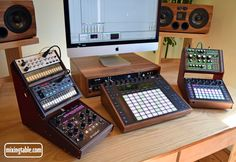 Wooden Desktop Stand for 2 Korg Volca's and a Waldorf Streichfett Home Studio Setup, Music Studio Room, Audio Studio, Studio Table, Studio Desk, Sound Studio, Dream Studio, Music Rooms, Ableton Live