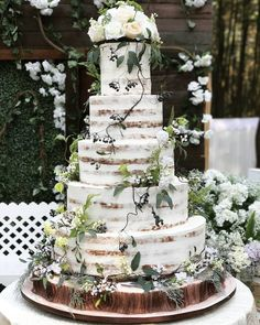 Wedding cake enchanted - 60 Forest Themed Wedding Ideas That Beautiful For Summer – Wedding cake enchanted Enchanted Forest Wedding, Woodland Wedding, Rustic Wedding, Forest Wedding Themes, Enchanted Wedding Ideas, Wedding Table, Forest Wedding Cakes, Winter Wedding Cakes, Perfect Wedding