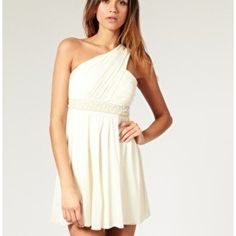 Greek Goddess Dress---one shoulder dresses are so pretty.