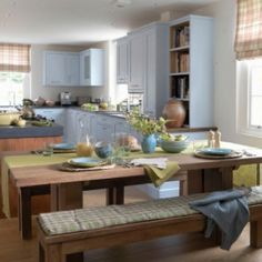 Dreaming of an open-plan kitchen? Stretch your kitchen space by going for an open-plan kitchen diner scheme that is great for family kitchens Blue Country Kitchen, Country Kitchen Layouts, Modern Country Kitchens, Home Kitchens, Country Homes, Country Style, Country Charm, Kitchen Design Open, Big Kitchen