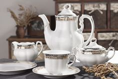 Coffee/Tea Set, 12 Place Settings Bolero Golden Princess Design – Gifts by Kasia