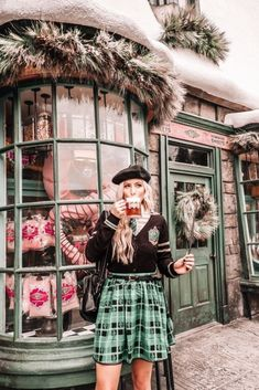 Last week, Brennan and I took a trip to Orlando, Florida to visit The Wizarding World of Harry Potter! Disney Universal Studios, Universal Orlando, Harry Potter Universal, Harry Potter World, Slytherin Aesthetic, Harry Potter Aesthetic, Hogwarts, Harry Potter Kleidung, Disney Cute