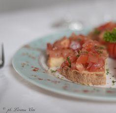 Bruschetta al pomodoro! un classico della tradizione italiana!