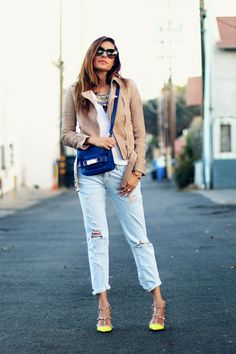 Neon Valentino Rockstud, statement necklace, proenza schouler cobalt blue handbag.  Blush and Bright | FASHIONED|CHIC