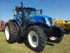 250hp New Holland T7250 FWD New Holland Ford, New Holland Tractor, New Holland Agriculture, Tractor Implements, Farming, Sim, Techno, Trucks, Cars