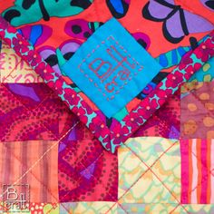 Beautiful quilt by Karolina Bąkowska of B-craft.pl! She created this quilt with Kaffe Fassett Collective fabrics, and a beautiful solid blue turquoise. She quilted the quilt with Aurifil 12wt thread. To see more, please visit: http://b-craft.pl/proste-plusy/