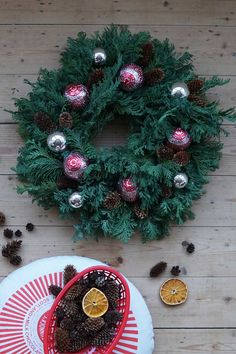 My #TunnocksTeacake Festive Wreath DIY is live on my blog now! Let me know if you make one: http://blog.nikkimcwilliams.com/2015/12/diy-tunnocks-teacake-festive-wreath/