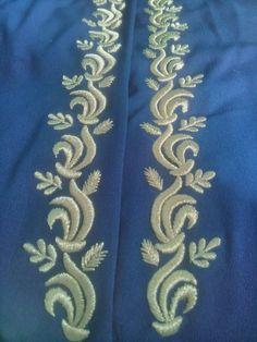 Embroidery On Kurtis, Kurti Embroidery Design, Gold Embroidery, Hand Work Blouse Design, Knitting Paterns, Kurta Neck Design, Abaya Designs, Techniques Couture, Edwardian Dress