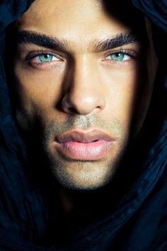 Blue eyes...Billy Payne - model