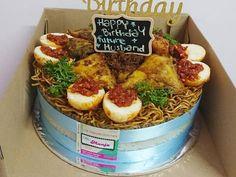 Meraih Keuntungan Dengan Menyulap Nasi Uduk Menjadi Kue Ulang Tahun Mie Goreng, Creative Food Art, Yellow Rice, Rice Cakes, Tart, Food And Drink, Birthday Cake, Mood, Baking