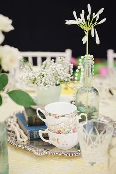 This 1950s tea party wedding has all the vintage inspiration you need © gemmawilliamsphotography.co.uk