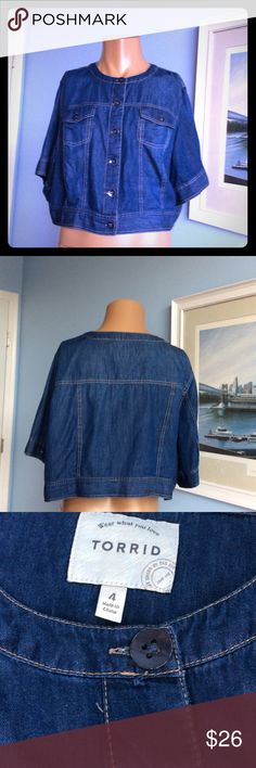 """🌸TORRID CROP🌸TOP BUTTON DOWN JEAN LOOKING CROP TOP. MATERIAL IS 100% COTTON. SHORT SLEEVED AND 21"""" LONG. BRAND NEW WITHOUT TAGS. HAS TWO FUNCTIONAL POCKETS IN FRONT. SIZE 4(26-28) torrid Tops Crop Tops"""