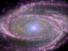 Al centro de la #galaxia M81 se encuentra un agujero negro supermasivo, alrededor de 70 millones de veces más grande que el Sol. (Foto: EFE)
