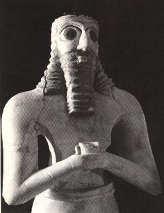 Is Enki holding the symbolic flask of a Bloodline he created?