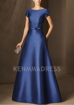 Pronovias cocktail dress collection We share the most beautiful and new dress patterns for you. Dresses Uk, Elegant Dresses, Pretty Dresses, Beautiful Dresses, Fashion Dresses, Prom Dresses, Formal Dresses, Modest Fashion, Trendy Fashion