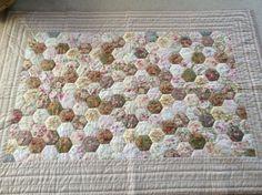 Rosentæppe fra Lene Speich og Jane Sand' bog Sy patchwork syet og quiltet i hånden Bog, Quilts, Blanket, Home Decor, Scrappy Quilts, Decoration Home, Room Decor, Quilt Sets, Blankets