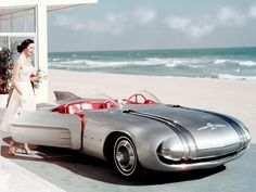A factory promotional photo of the 1956 Pontiac Club de Mer concept car