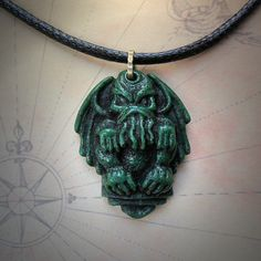 Proprietary___CarrieMagical_Necklace<inter_its_onUandThen____New Phys OBJ Cargo Delivery..__