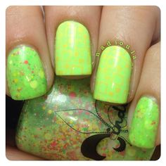 Jindie Nails Don't get it citrus twister with China Glaze Grass Is Lime Greener stamped using Cheeky Happy Nails Jumbo Plate 10 in China Glaze Metro Pollen-Tin.