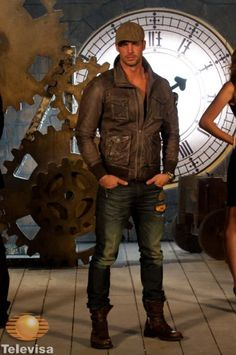 Picture of William Levy William Levi, Stud Muffin, Celebrity Photos, Hot Guys, Eye Candy, Photo Galleries, Mens Fashion, Gallery, Pictures