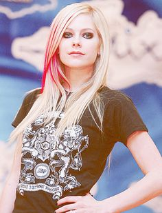 Avril Lavigne i want my hair like this