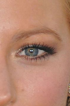 Great eye makeup tips for Hooded Eyes