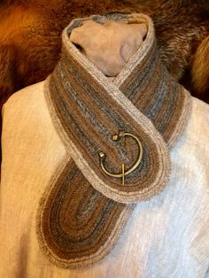 Nalbinded Neck warmer scarf skjerf Shetland 100% Wool Viking Norse, Anglo Saxon,Medieval, Reenactment,  SCA, LARP Nalbinding Naalbinded by Draicraeft on Etsy