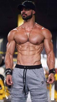 Men, Muscle, Strength and the Muscle Competition between Bodybui: Photo Muscle Hunks, Hommes Sexy, Muscular Men, Raining Men, Male Physique, Transformation Body, Male Body, Bearded Men, Mens Fitness