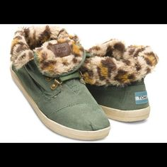 Toms High Top Shoes